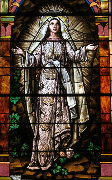 Saint Nicholas Church Osgood Ohio   Stained Glass Our Lady Of The Rosary